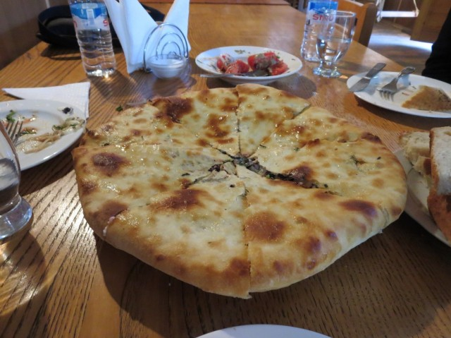 The mysterious and large Plovian khachapuri